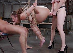 Duteous bimbo endures BDSM porn hither a lickerish strengthen