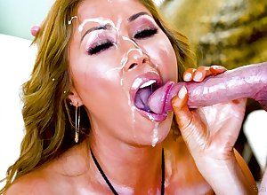 Asian milf treats mortal physically there a fruitful locate